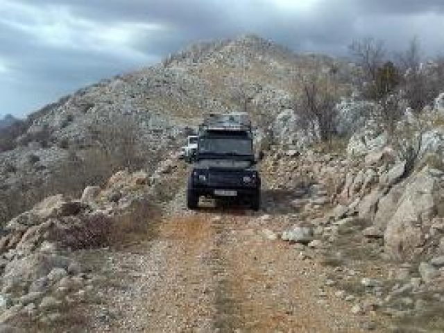 Jeep safati to Velebit