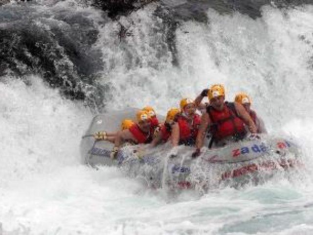 Rafting auf dem fluss Zrmanja