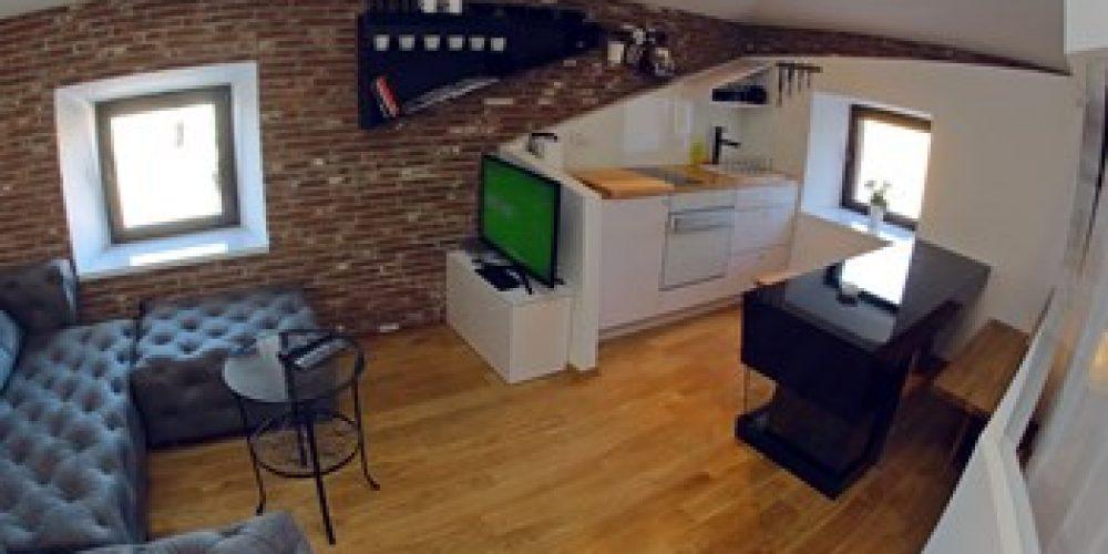 Apartman Trg 2